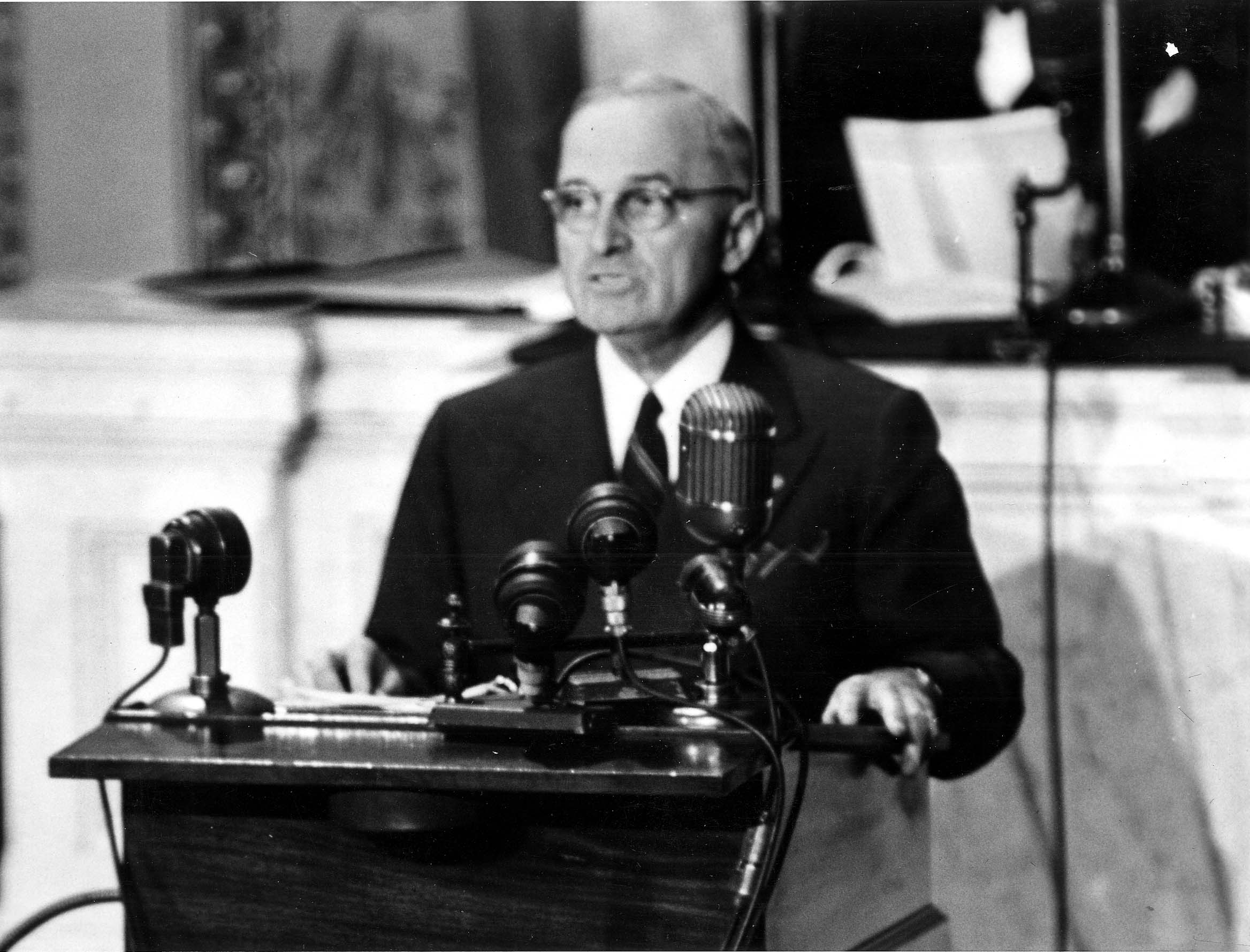 President Truman delivers Truman Doctrine speech before Congress