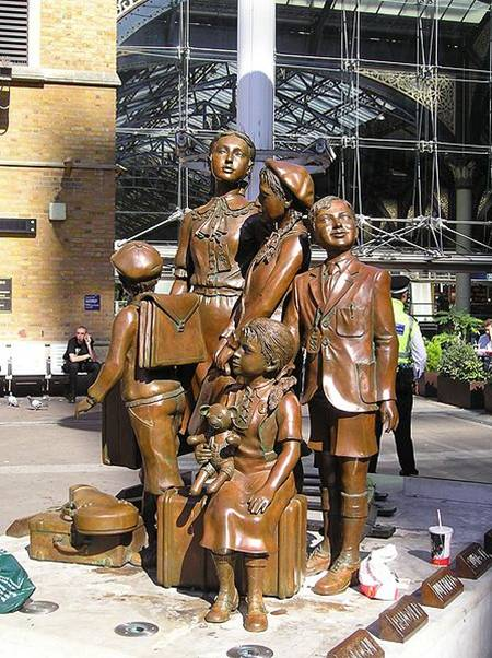Kindertransport memorial in Liverpool